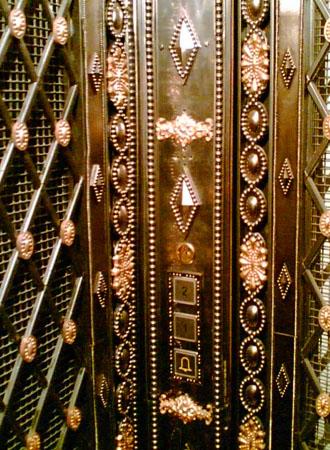 Обрамление лифта