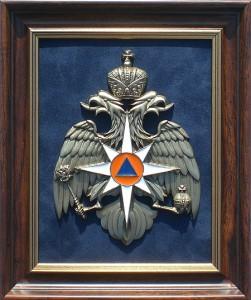 Плакетка с эмблемой МЧС России
