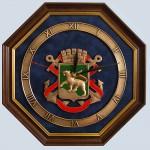 Настенные часы с гербом Владивостока