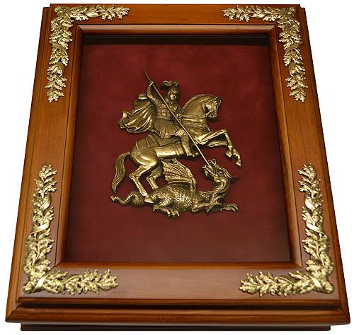 Деревянная ключница с гербом Москвы