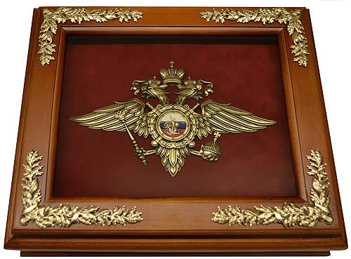 Деревянная ключница с эмблемой МВД настенная