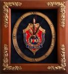 Настенные часы 100 лет ФСБ в деревянной раме